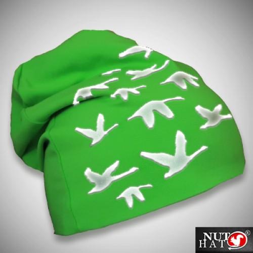 Vihreä trikoopipo joutsenkuviolla
