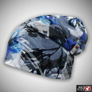 Valkoinen trikoopipo sinisellä liljakuosilla