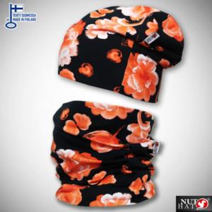 Mustat trikoopipo ja tuubihuivi oranssilla kukkakuosilla