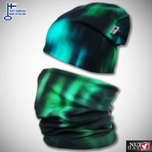 Vihreä revontulikuosinen trikoopipo ja tuubihuivi