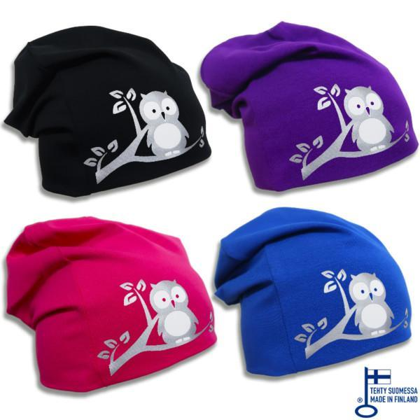 Musta, violeti, pinkki ja sininen trikoopipo pöllökuviolla