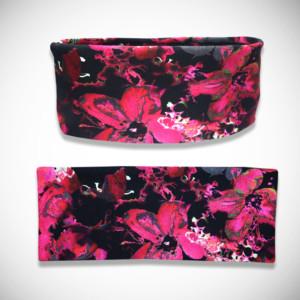 Musta trikoopanta pinkillä liljakukkakuosilla